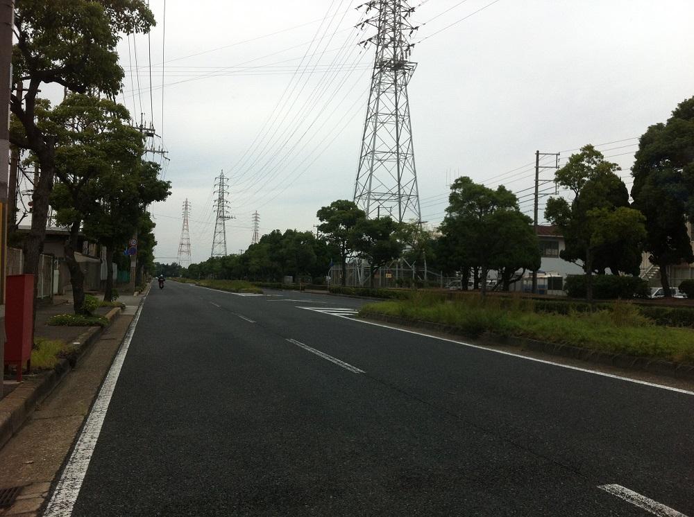 フリマ会場への道